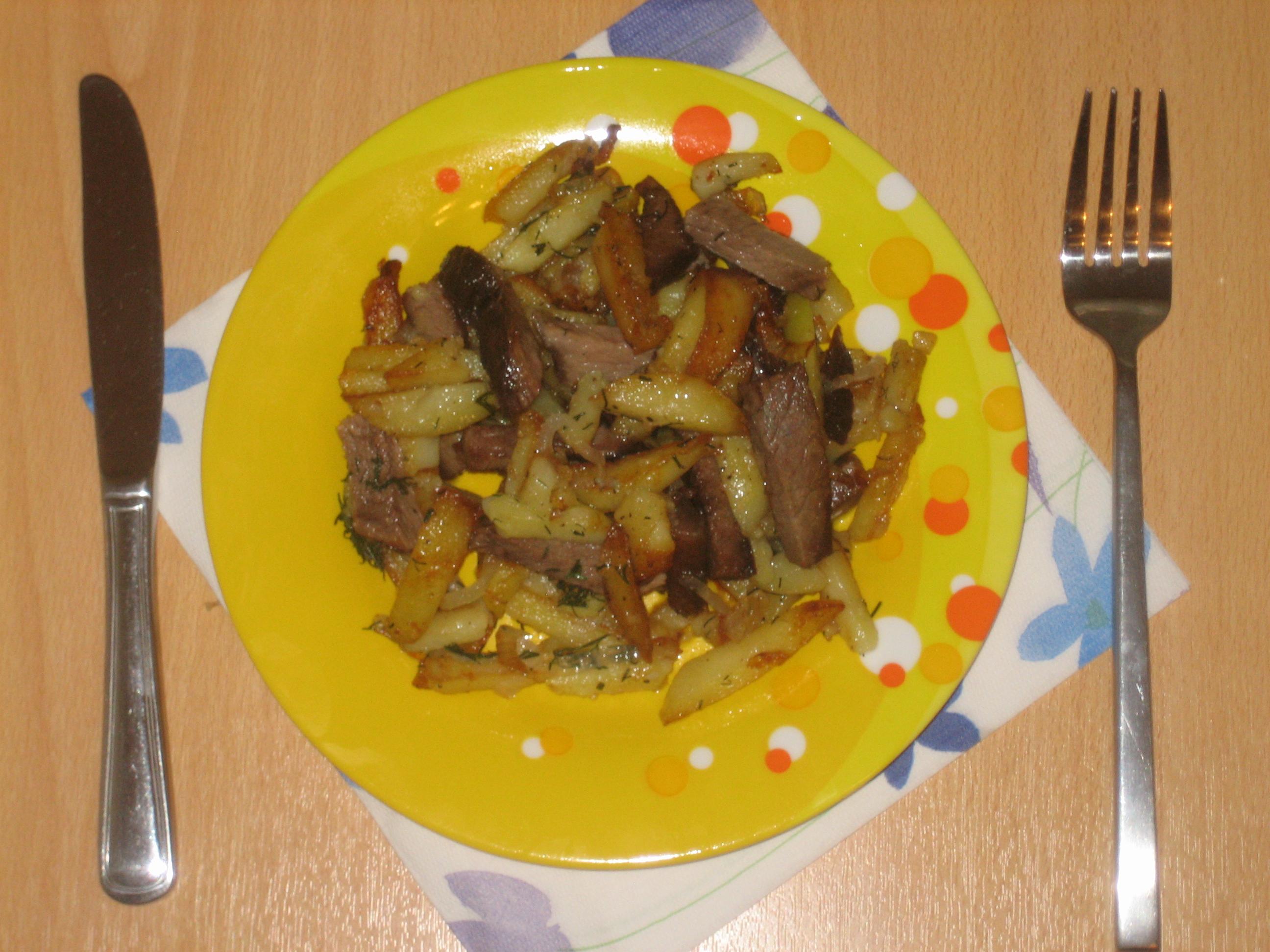 сколько калорий в картошке с мясом